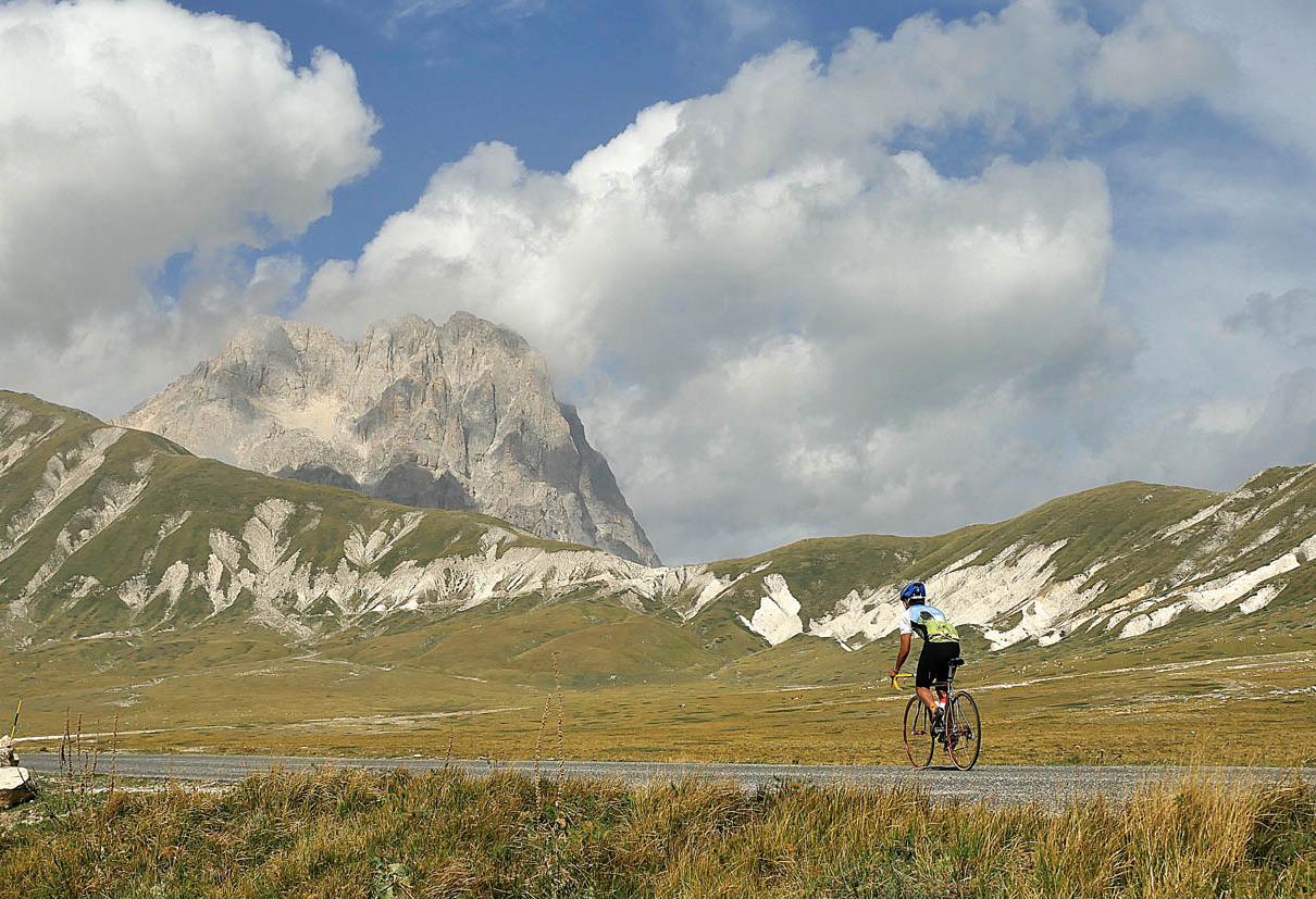 Bike through Molise & Abruzzo with Andy Hampsten